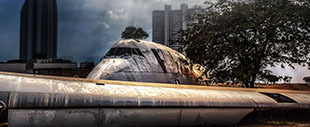 Boeing 747 abandone in a field in Thailand, photo by Russ Thorne