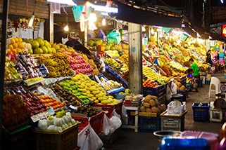 A produce market in the tourist area of Pattaya Beach.